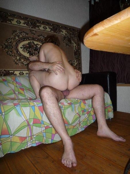 Домашний секс с двойным проникновением во все дырки