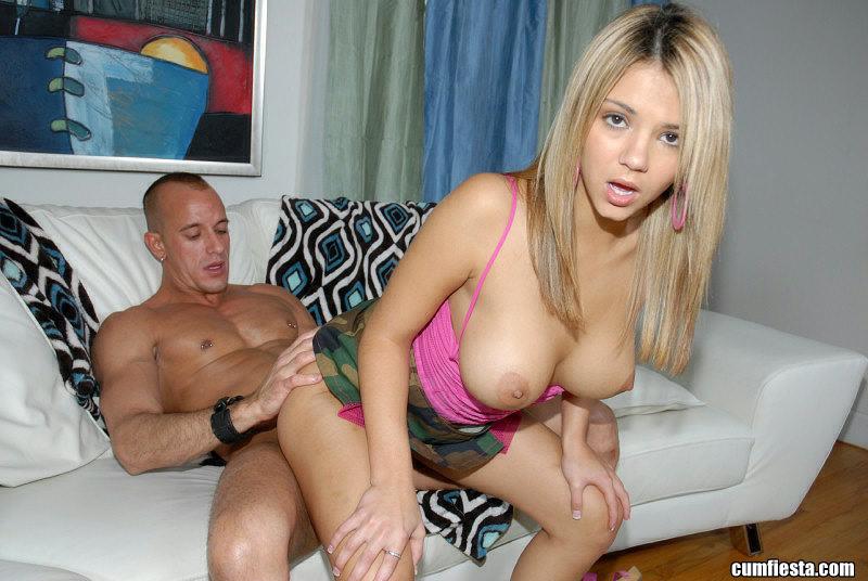Нежный порнуха с восхитительной блондинкой