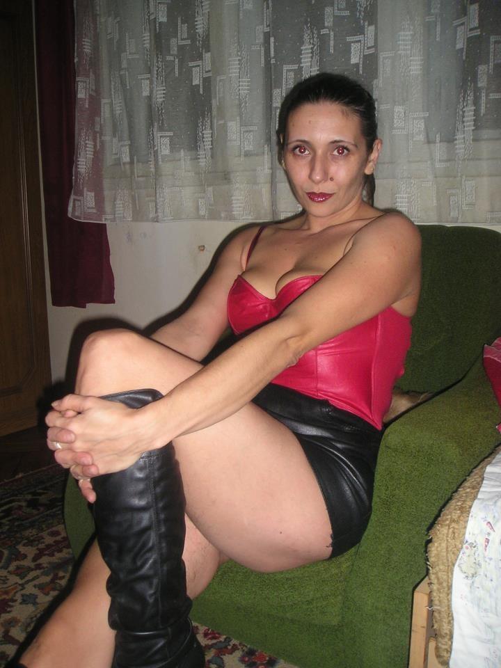 Соблазнительная 19-летняя представительница слабого пола из Словакии