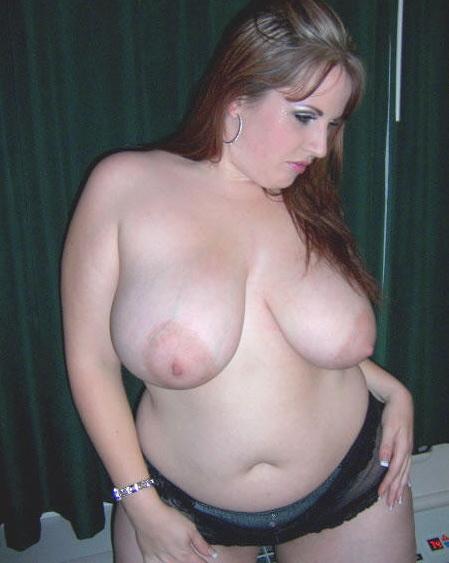 Жирухи без одежды красуются крупными сиськами эро фото